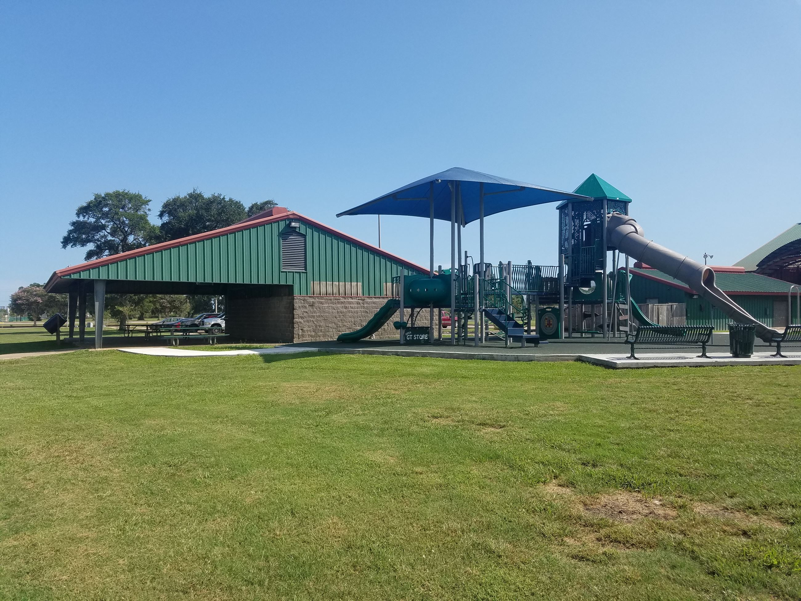 MacLean Small Pavilion and Playground